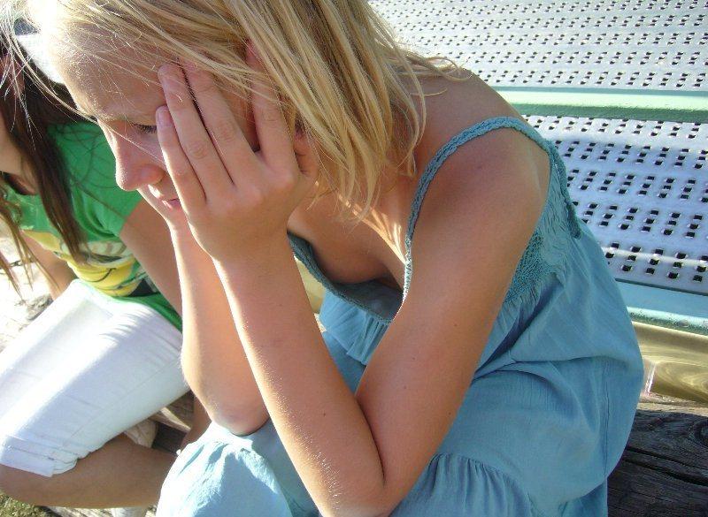 фото девушки в міні трусіках