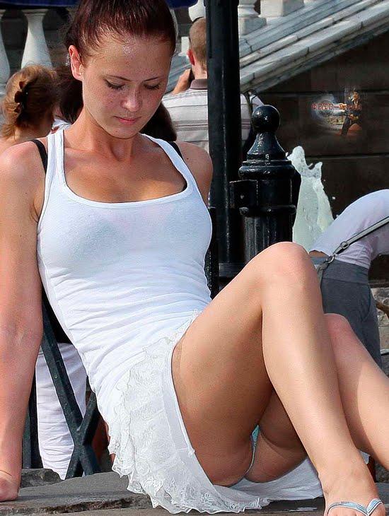 Фото случайна девушки видно трусики, голые женщины старше тридцати