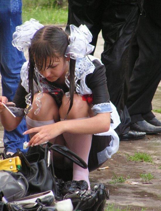 фото под школьной формой белые трусики