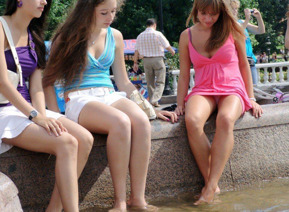 Голые в чулках фото  обнаженные девушки и эротика