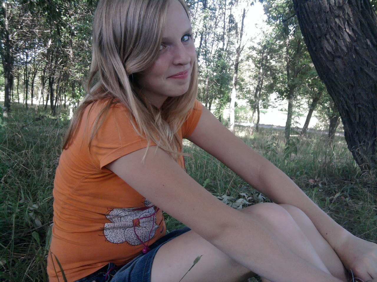 Только русские девушки в мини без трусов 10 фотография