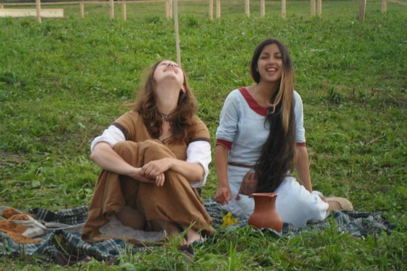 Красивый средневековый апскирт